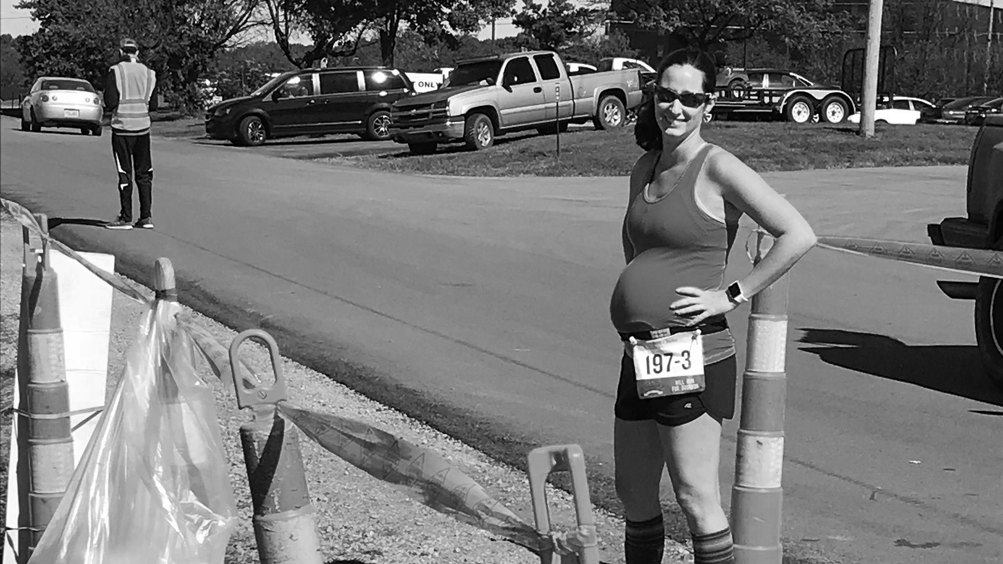 Amberlee stays active during her pregnancy by participating in marathons.